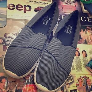 Shoes - Strictly comfort flex form slip on sneakers